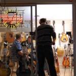 Daniel filmar pa musikborsen
